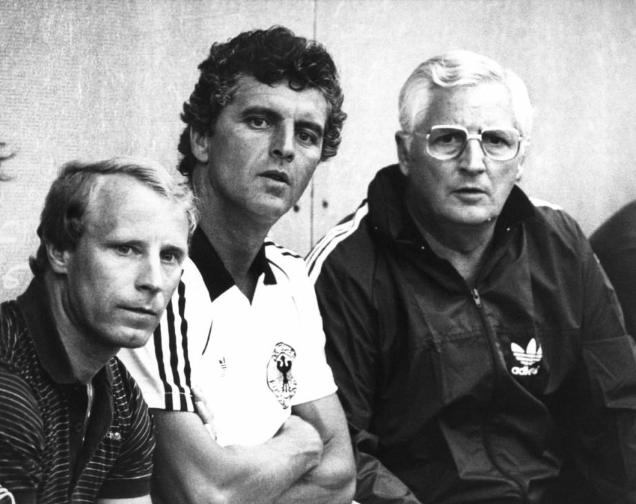 Berti Vogts, Erich Ribbeck, Jupp Derwall, 1982