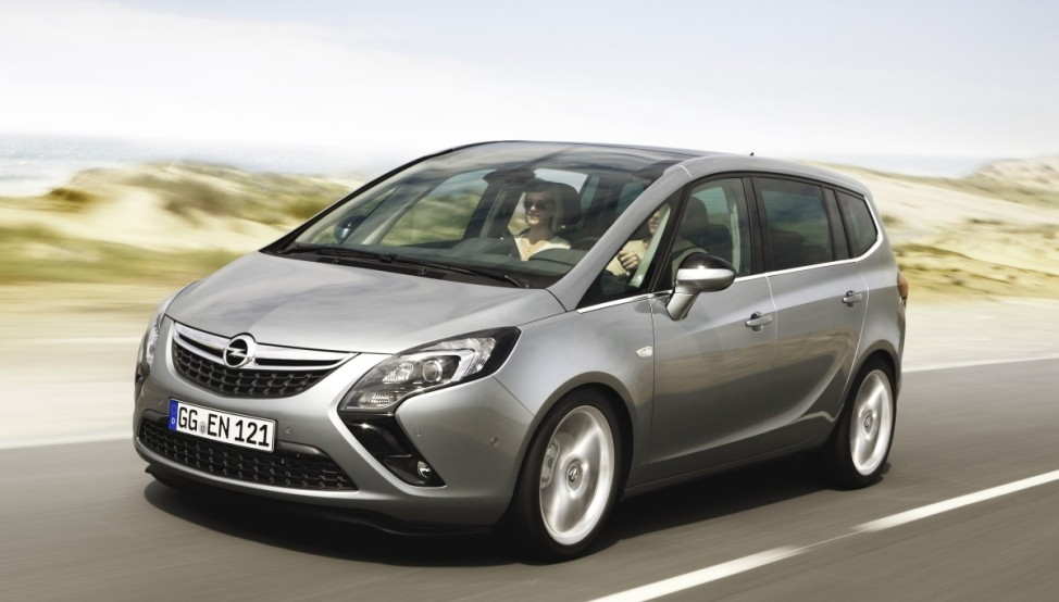 Kleine Klasse Opel Zafira Tourer