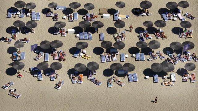 FRANCE-TOURISM-BEACH