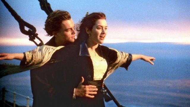 """Kate Winslet und Leonardo DiCaprio in dem Film """"Titanic"""" von James Cameron"""