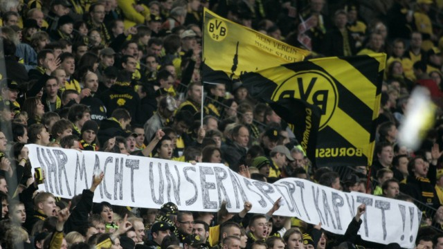 BVB-Fans hoeren aus Protest Radio