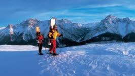 Ski Wintersport Schneeschuhwandern, Christof Sonderegger/swiss-image.ch