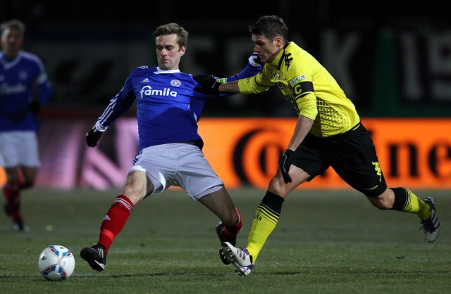 Holstein Kiel v Borussia Dortmund - DFB Cup
