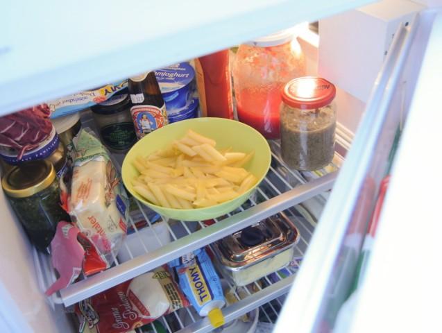 Geöffneter Kühlschrank, 2009