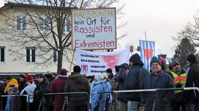 Demonstration gegen Konzert von Rechtsextremen