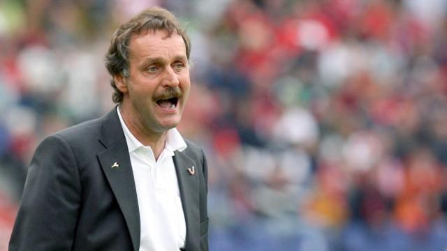 Peter Neururer berichtete 2007 von Captagon-Einsatz im Fußball.