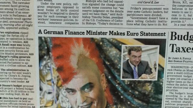 """""""Wall Street Journal"""" zeigt Söder: """"A German finance minister makes euro statement"""": Als Punk hat es Markus Söder auf die Titelseite des Wall Street Journal geschafft."""