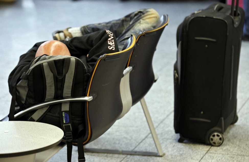 Vorfeldbeschaeftigte bestreiken Frankfurter Flughafen
