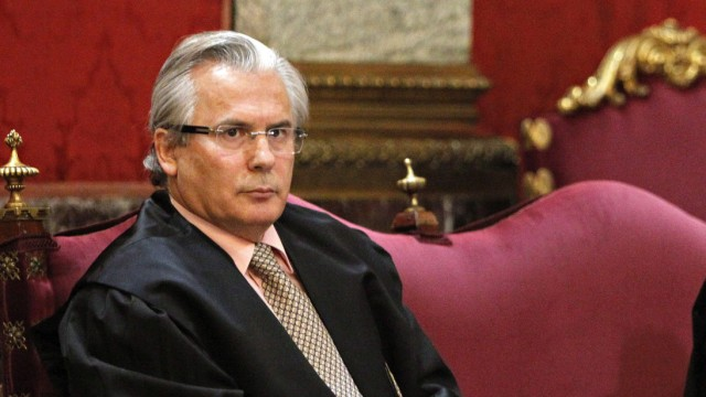 Baltasar Garzon acquitted of misconduct in Franco probe