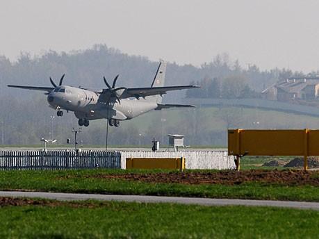 Kaczynski Flugzeug Aschewolke Warschau Reuters