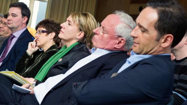 Spitzenkandidaten der Parteien für Wahl im Saarland Lafontaine Maas Kramp Kramp-Karrenbauer Luksic
