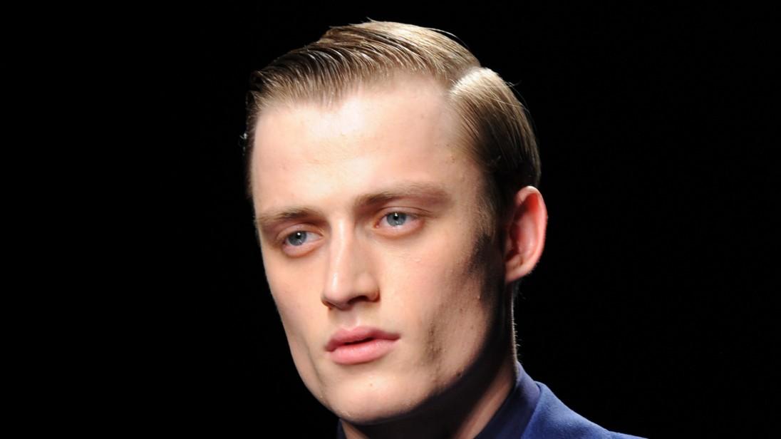 Frisur hitlerjugend Hitler Haircut: