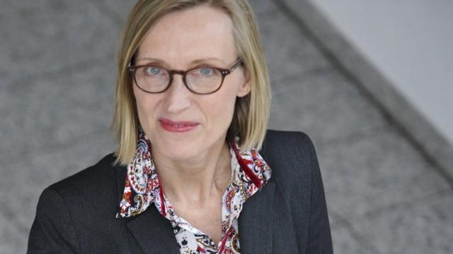 """Partnerschaftsstudie Pairfam: """"Das Wichtigste sind vielleicht die Erwartungen an den Partner"""": Sabine Walper, Professorin der LMU, in ihrem neuen Büro im Deutschen Jugendinstitut in Haidhausen."""