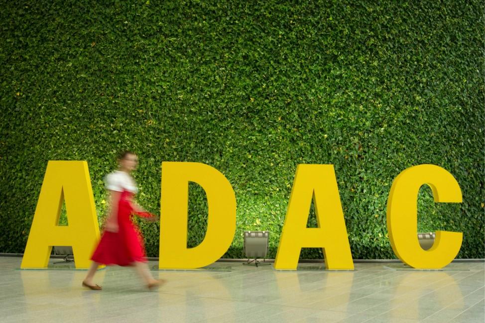 Eroeffnung der neuen ADAC-Zentrale in Muenchen