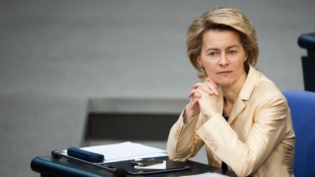 Zeitung: Von der Leyen aendert ihre Altersarmut-Plaene