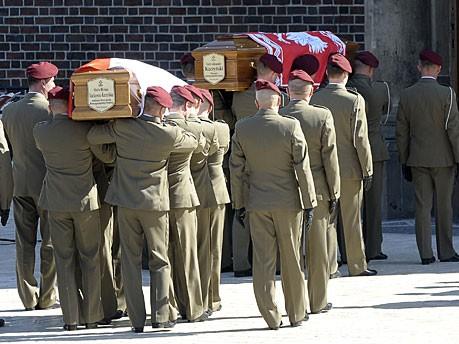 Kaczynski Särge Marienkirche Krakau AFP