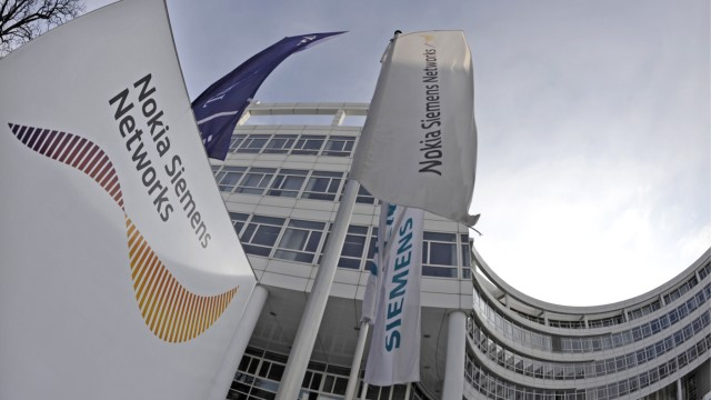 Siemens-Manager kritisiert Fuehrung der Netzwerk-Tochter NSN