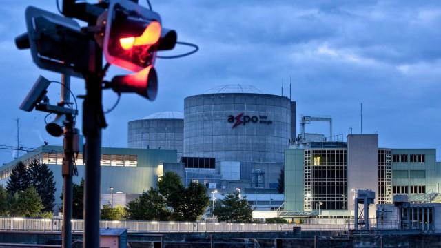 Swiss nuclear reactor temporary shutdown