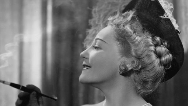"""Erika von Thellmann in """"Bal Pare"""", 1940"""