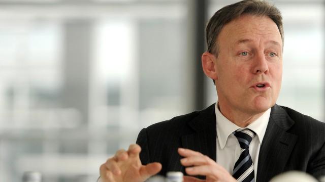SPD kritisiert Schweiz wegen Haftbefehls fuer deutsche Steuerfahnder