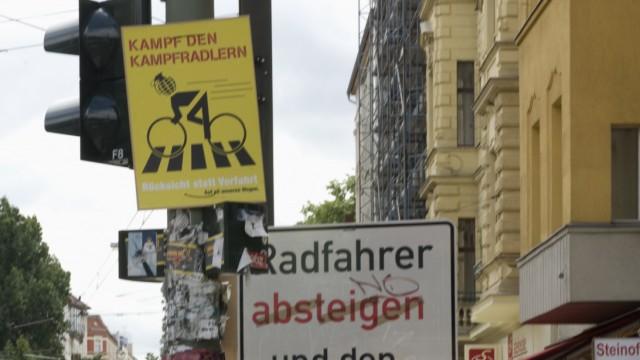 Bundesverkehrsminister will gegen 'Kampf-Radler' vorgehen