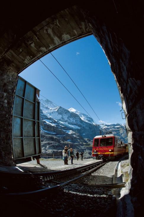 """´Memmen haben hier oben nichts zu suchen"""": 100 Jahre Jungfraubahn"""