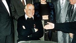 dpa, gorbatschow, Deutsche Einheit, Helmut Kohl, verhandlungen, Nato, USA, Bush, Baker,  Mauerfall Hans Dietrich Genscher