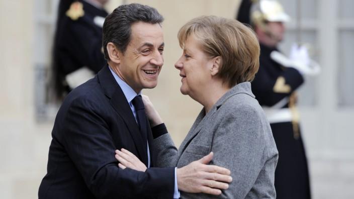 CDU-Parteitag mit Sarkozy: Ein Duo, das sich zusammengerauft hat über die Jahre: Kanzlerin Merkel und der frühere französische Präsident Nicolas Sarkozy.