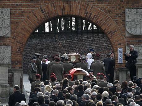 Kaczynski Bestattung Marienkirche Wawel Reuters