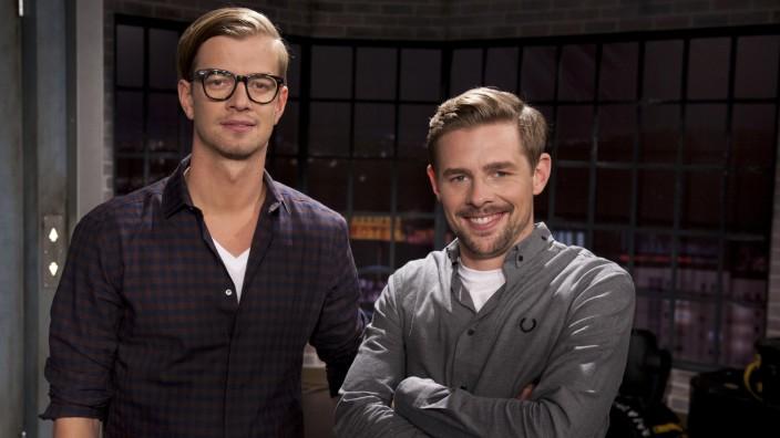 Joko Winterscheidt und Klaas Heufer-Umlauf unterhalten im Fernsehen mehr als alte Showstars