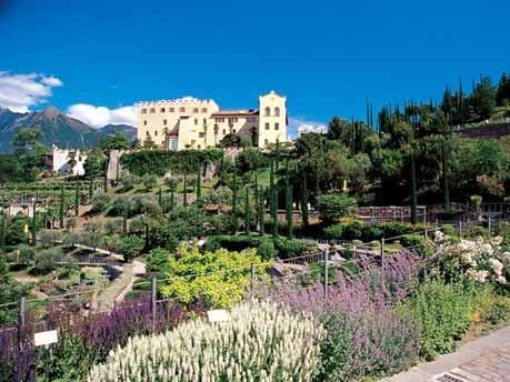 Europa Italien Südtirol Kunst Architektur Weinbau Wellness Hotel, Die Gärten von Schloss Trauttmansdorff/Meran