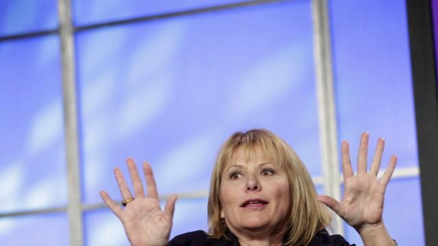 File photo of Yahoo Chief Executive Carol Bartz in San Francisco