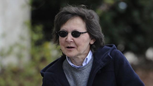 Verteidiger: Fruehere RAF-Terroristin Becker wird aussagen