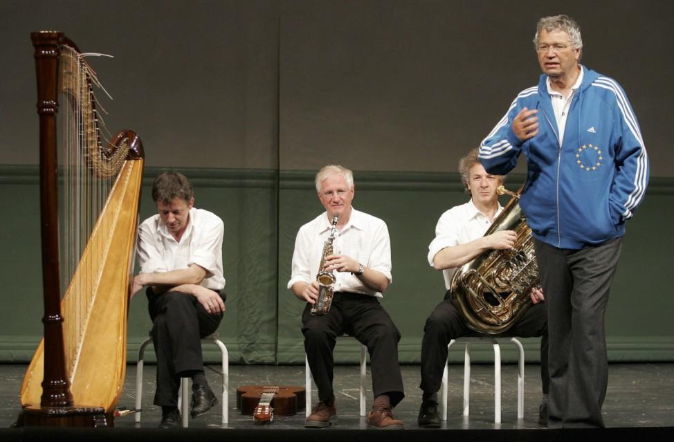 Der bayerische Kabarettist Gerhard Polt wird 70