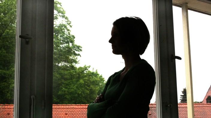Freisinger Frauenhaus: 143 Anfragen gab es im Jahr 2019, nur zwölf Frauen konnten im Frauenhaus der Diakonie aufgenommen werden.