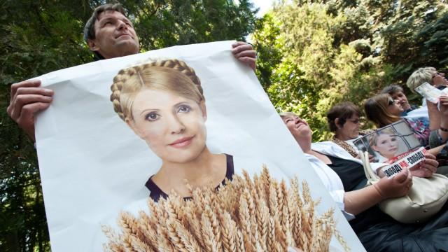 Ukrainische Oppositionspolitikerin Timoschenko in Klinik verlegt