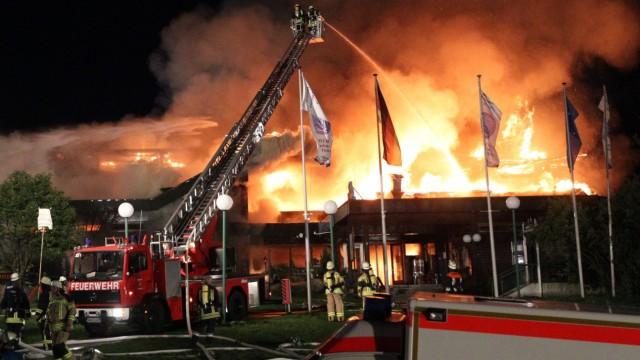 Millionenschaden bei Großbrand in Thermalbad