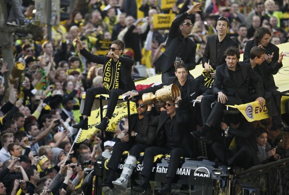 Borussia Dortmund feiert das Double
