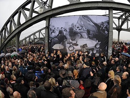 Mauerfall Bilder Merkel Rede