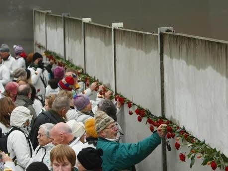 Besucher, Bernauer Straße, Getty Images