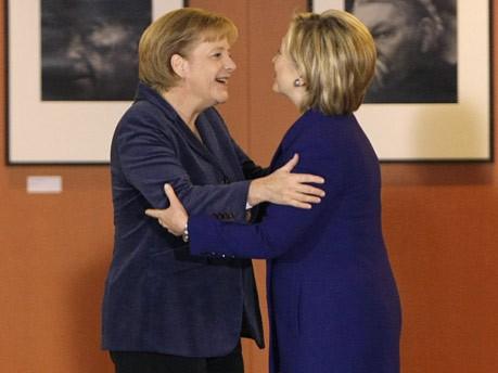 Bilder Mauerfall Angela Merkel Hillary Clinton