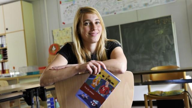 Aufklärung für geistig behinderte Jugendliche: Sozialpädagogin Steffi Geihs hat einen Liebesroman für geistig behinderte Jugendliche geschrieben.