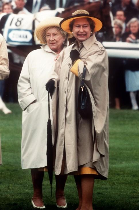 Queen Mum, 1990