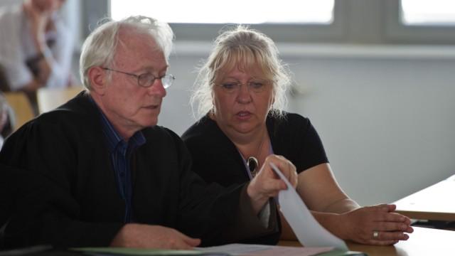 Altenpflegerin klagt vor Arbeitsgericht