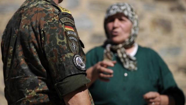 Bundestag entscheidet ueber Kosovo-Einsatz