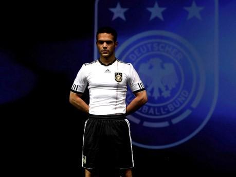 Neue Kleider für Kampf um vierten WM-Titel;Getty