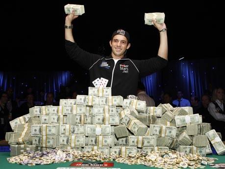 21-jähriger Schulabbrecher gewinnt Millionen-Jackpot im Poker;Reuters