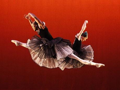 Les Ballets Trockadero de Monte Carlo;Reuters