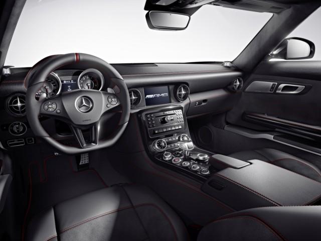 Mercedes SLS AMG GT Cockpit