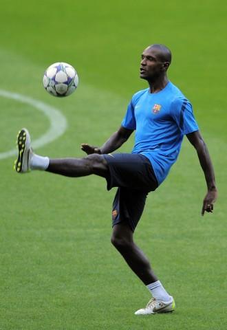 Abidal darf wieder Fussball spielen